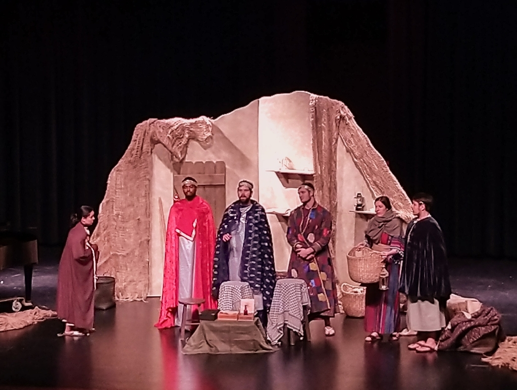 Amahl & The Kings